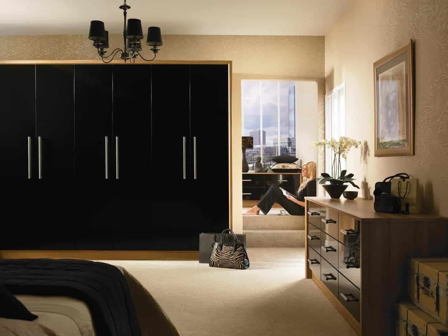 Goscote bedroom high gloss black