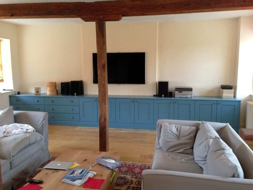 Bespoke painted lounge units